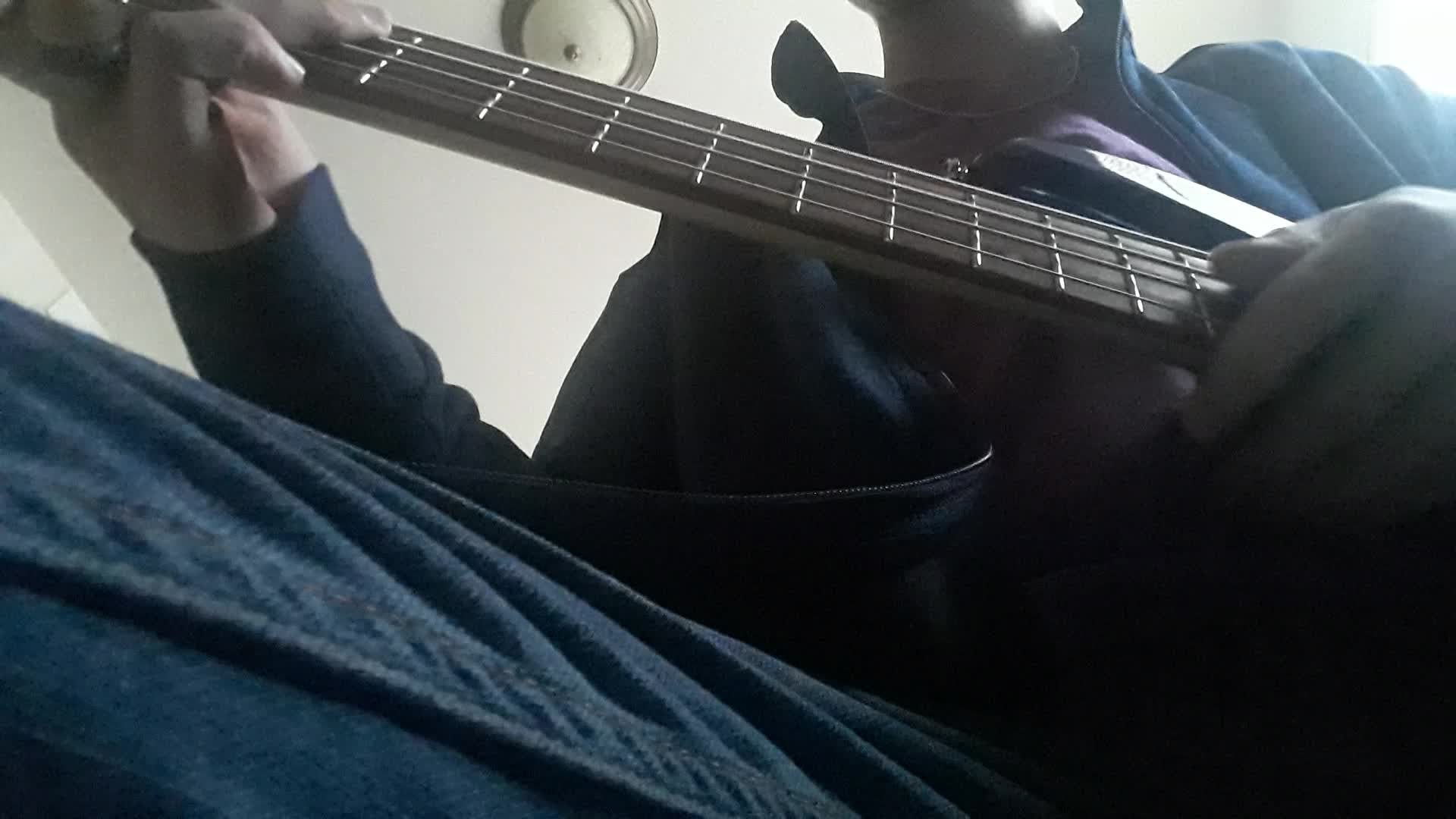 Entertainment: Music - I tried to play a little bit of shotgun by george ezra on the bass (well the bass line at least) video cover image 0